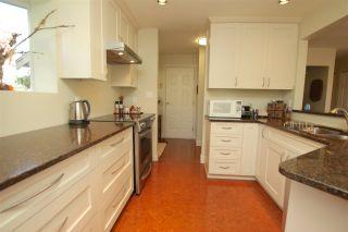 "Photo 3: 412 1215 LANSDOWNE Drive in Coquitlam: Upper Eagle Ridge Townhouse for sale in ""SUNRIDGE ESTATES"" : MLS®# R2126165"