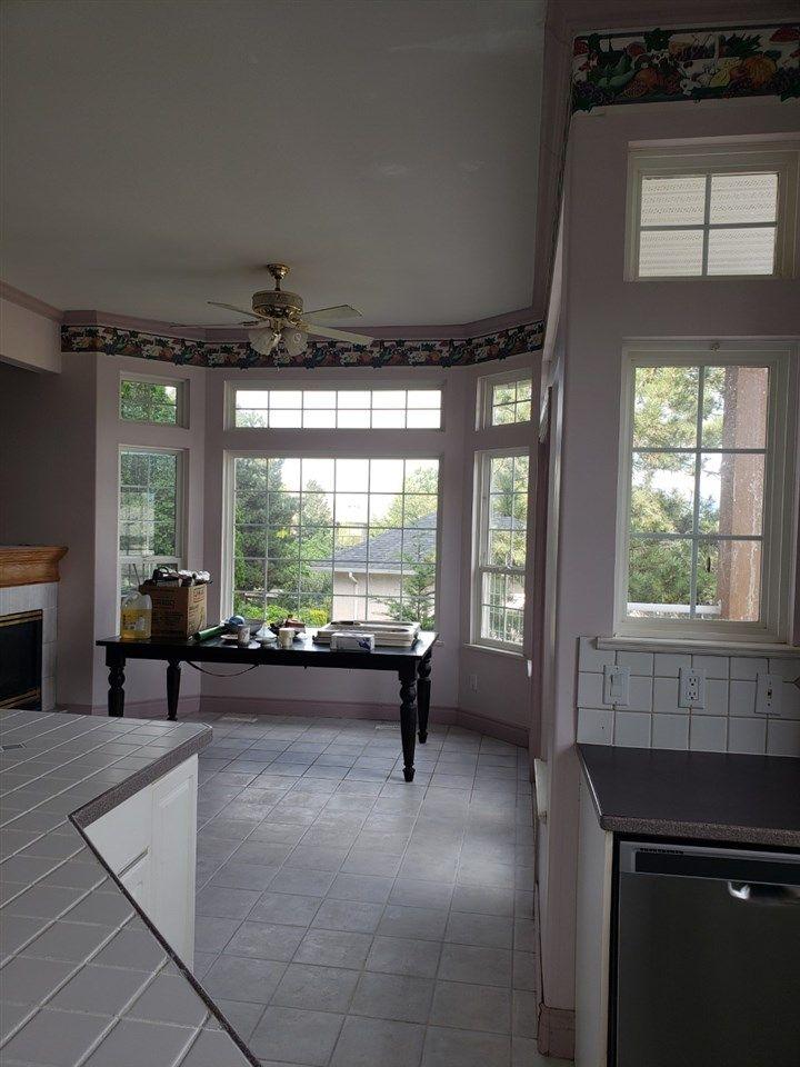 "Photo 9: Photos: 8639 SUNBURST Place in Chilliwack: Chilliwack Mountain House for sale in ""CHILLIWACK MOUNTAIN"" : MLS®# R2481022"