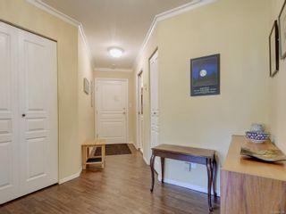 Photo 23: 403 490 Marsett Pl in : SW Royal Oak Condo for sale (Saanich West)  : MLS®# 885208