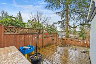 "Photo 10: 915 BRITTON Drive in Port Moody: North Shore Pt Moody Townhouse for sale in ""WOODSIDE VILLAGE"" : MLS®# R2554809"