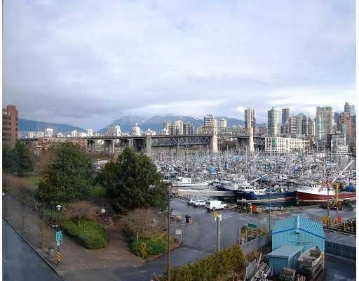 """Main Photo: 506 1510 W 1ST Avenue in Vancouver: False Creek Condo for sale in """"MARINER POINT"""" (Vancouver West)  : MLS®# V691019"""