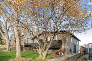 Main Photo: 3 52 38A Avenue SW in Calgary: Parkhill Row/Townhouse for sale : MLS®# A1157264