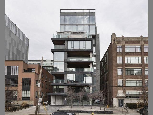 Main Photo: 500 Wellington St W Unit #402 in Toronto: Waterfront Communities C1 Condo for sale (Toronto C01)  : MLS®# C3602627