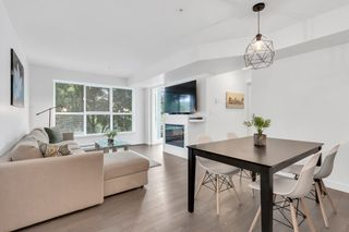 """Photo 6: 201 688 E 18TH Avenue in Vancouver: Fraser VE Condo for sale in """"The Gem"""" (Vancouver East)  : MLS®# R2385649"""