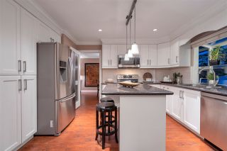 """Photo 6: 2579 CAMBERLEY Court in Coquitlam: Coquitlam East House for sale in """"DARTMOOR/RIVER HEIGHTS"""" : MLS®# R2429739"""