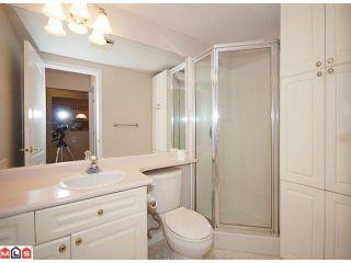 Photo 8: 112 9942 151 St in Surrey: Guildford Condo for sale : MLS®# F1124347