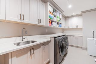 Photo 36: 2555 W 33RD Avenue in Vancouver: MacKenzie Heights House for sale (Vancouver West)  : MLS®# R2489633