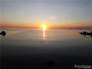 Photo 17: 20 SUNSET Bay in St Clements: Sunset Beach Residential for sale (R27)  : MLS®# 1809174