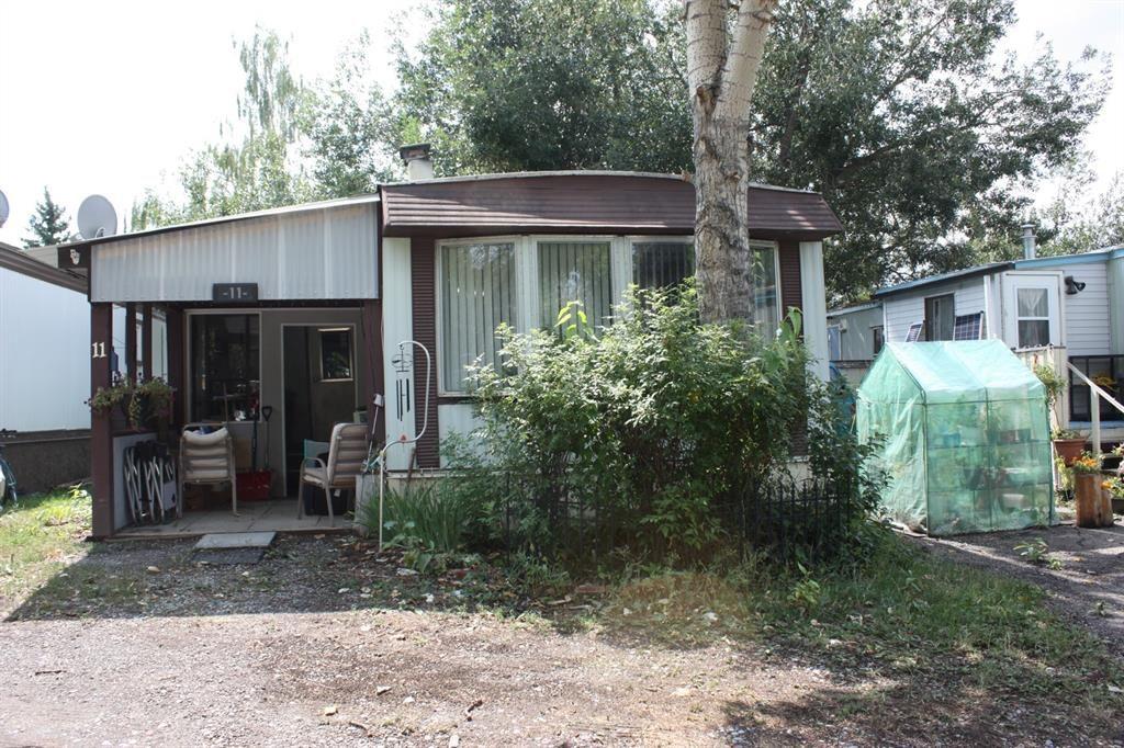 Main Photo: For Sale: 11 911 McLeod Street, Pincher Creek, T0K 1W0 - A1140208