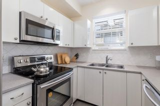 """Photo 14: 59 1010 EWEN Avenue in New Westminster: Queensborough Townhouse for sale in """"WINDSOR MEWS"""" : MLS®# R2595732"""