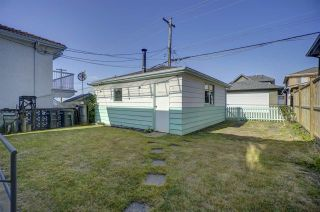 Photo 19: 37 HOWARD Avenue in Burnaby: Capitol Hill BN House for sale (Burnaby North)  : MLS®# R2397223