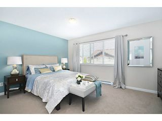 """Photo 11: 18 1268 RIVERSIDE Drive in Port Coquitlam: Riverwood Townhouse for sale in """"SOMERSTON LANE"""" : MLS®# V1045119"""