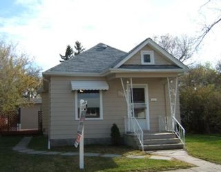 Photo 1: 798 GOVERNMENT Avenue in WINNIPEG: East Kildonan Residential for sale (North East Winnipeg)  : MLS®# 2908721