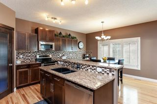 Photo 5: 334D Silvergrove Place NW in Calgary: Silver Springs Detached for sale : MLS®# A1083137