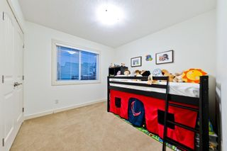 Photo 16: 4 ASPEN HILLS Place SW in Calgary: Aspen Woods Detached for sale : MLS®# A1028698