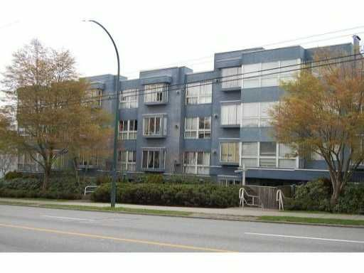 """Main Photo: 301 2133 DUNDAS Street in Vancouver: Hastings Condo for sale in """"HARBOUR GATE"""" (Vancouver East)  : MLS®# V942813"""