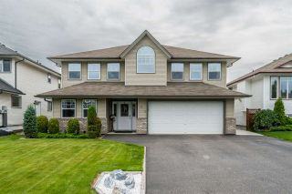 Photo 1: 6879 CHARTWELL Crescent in Prince George: Lafreniere House for sale (PG City South (Zone 74))  : MLS®# R2476122