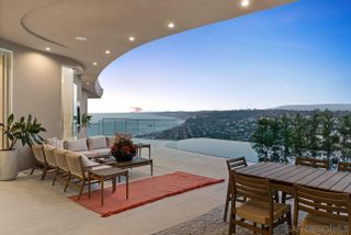 Photo 3: LA JOLLA House for sale : 5 bedrooms : 7447 Hillside