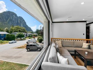 Photo 2: 38327 FIR Street in Squamish: Valleycliffe House for sale : MLS®# R2603553