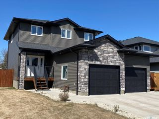 Photo 1: 433 Quessy Drive in Martensville: Residential for sale : MLS®# SK851132