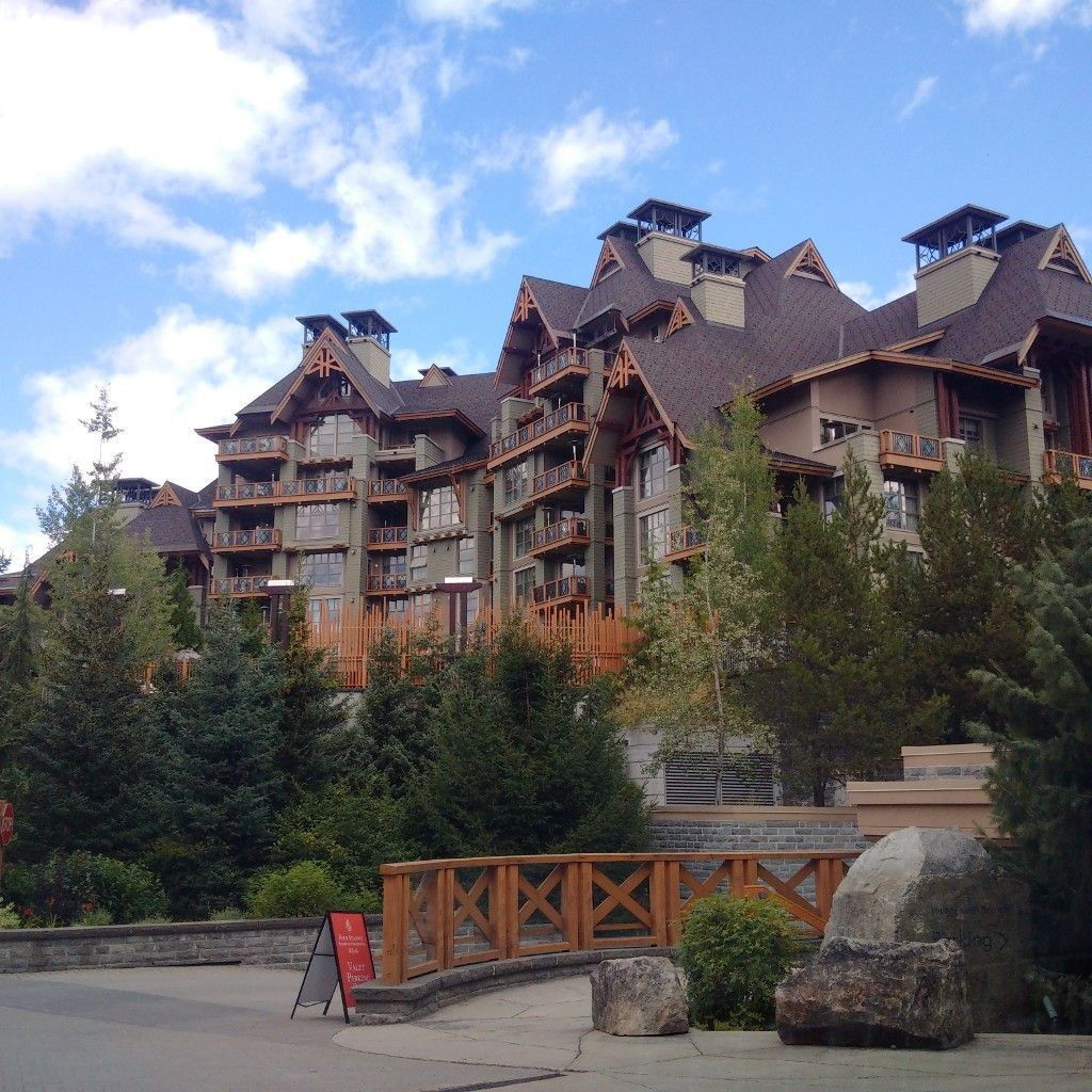 Main Photo: # 818 4591 BLACKCOMB WY in Whistler: Benchlands Condo for sale : MLS®# V986170