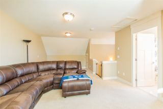 """Photo 8: 24 7298 199A Street in Langley: Willoughby Heights Townhouse for sale in """"YORK"""" : MLS®# R2115410"""
