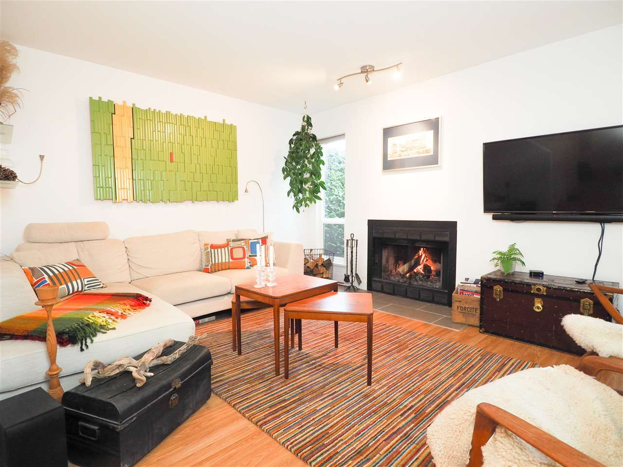 """Main Photo: 1 41449 GOVERNMENT Road in Squamish: Brackendale Townhouse for sale in """"Emerald Estates"""" : MLS®# R2431358"""