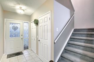 Photo 4: 144 Martinwood Court NE in Calgary: Martindale Detached for sale : MLS®# A1126396