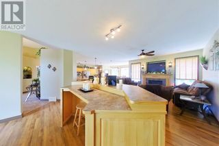 Photo 14: Executive Bungalow on 121 acres on the River!