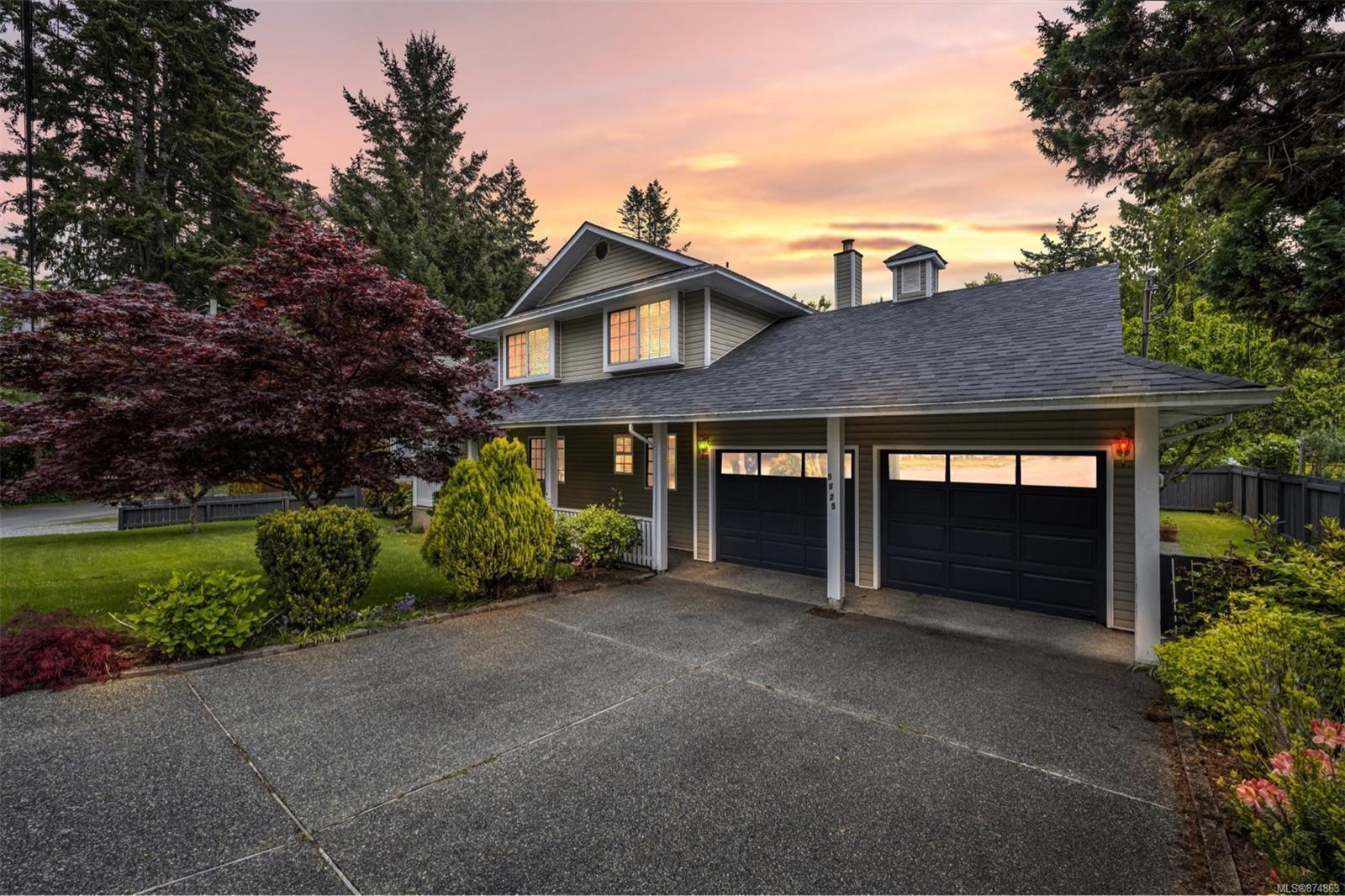 Main Photo: 5925 Highland Ave in : Du West Duncan House for sale (Duncan)  : MLS®# 874863