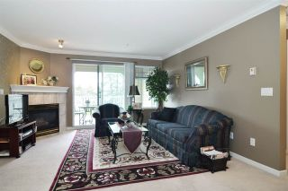 """Photo 5: 313 20894 57 Avenue in Langley: Langley City Condo for sale in """"BAYBERRY LANE"""" : MLS®# R2554939"""