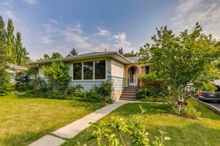 Main Photo: 704 40 Avenue NW in Calgary: Highwood Detached for sale : MLS®# A1130752