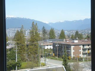 "Photo 7: 706 5790 PATTERSON Avenue in Burnaby: Metrotown Condo for sale in ""REGENT"" (Burnaby South)  : MLS®# R2445152"