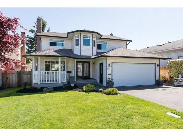 "Main Photo: 15552 VISTA Drive: White Rock House for sale in ""VISTA HILLS"" (South Surrey White Rock)  : MLS®# R2062767"