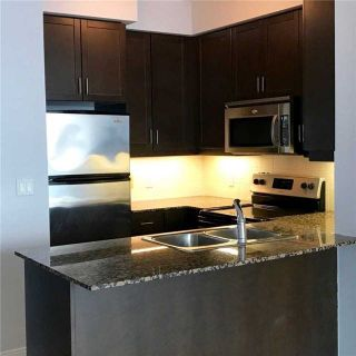 Photo 5: 2201 90 Absolute Avenue in Mississauga: City Centre Condo for lease : MLS®# W4223288