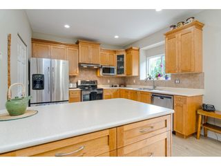 """Photo 6: 18186 66A Avenue in Surrey: Cloverdale BC House for sale in """"The Vineyards"""" (Cloverdale)  : MLS®# R2510236"""