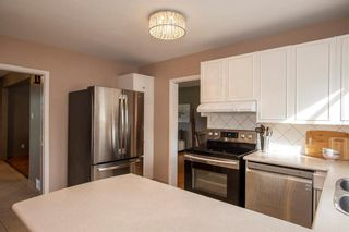 Photo 8: 686 Brock Street in Winnipeg: River Heights South Residential for sale (1D)  : MLS®# 202123321