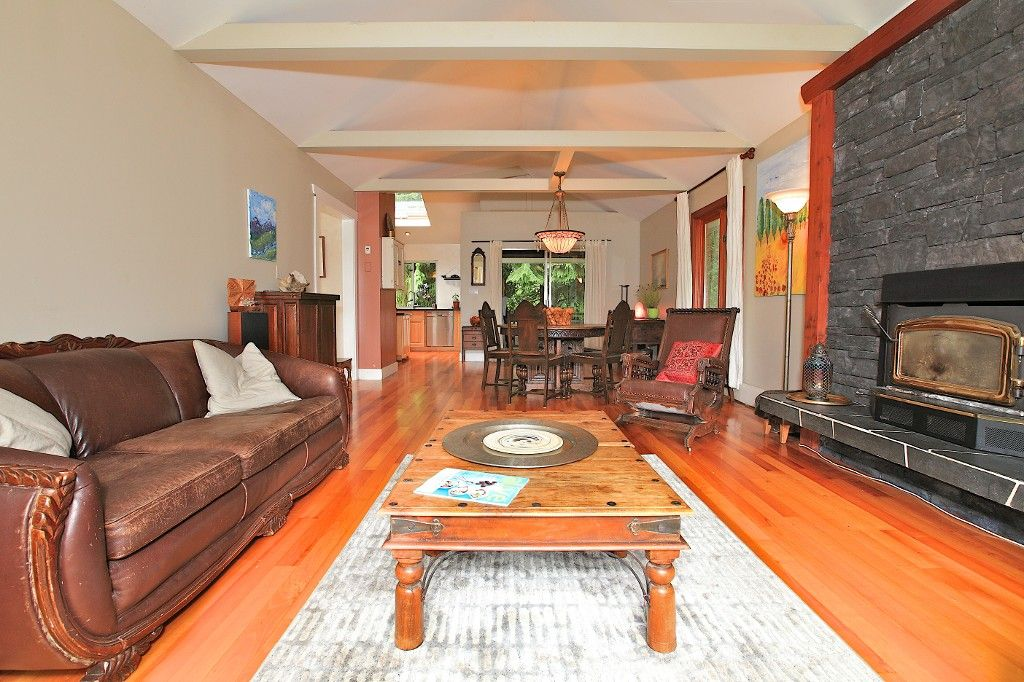 Photo 11: Photos: 2550 SECHELT Drive in North Vancouver: Blueridge NV House for sale : MLS®# V965349