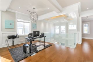 Photo 12: 10470 HOLLYBANK Drive in Richmond: Steveston North House for sale : MLS®# R2446470