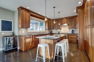 Photo 12: 2031 52 Avenue SW in Calgary: North Glenmore Park Detached for sale : MLS®# A1059510