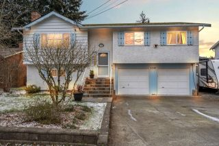 Photo 1: 3245 Wishart Rd in : Co Wishart South House for sale (Colwood)  : MLS®# 866219