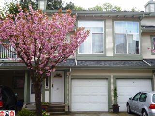 """Photo 1: 30 8892 208TH Street in Langley: Walnut Grove Townhouse for sale in """"HUNTERS RUN"""" : MLS®# F1210685"""