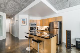 """Photo 9: 202 919 STATION Street in Vancouver: Strathcona Condo for sale in """"Left Bank"""" (Vancouver East)  : MLS®# R2413251"""
