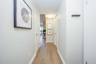Photo 2: 412 1100 Kingston Road in Toronto: Birchcliffe-Cliffside Condo for sale (Toronto E06)  : MLS®# E5089301