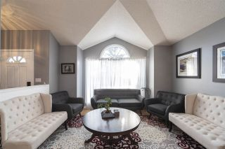 Photo 8: 442 Burton Road in Edmonton: Zone 14 House for sale : MLS®# E4235561