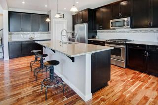 Photo 6: 54 VALLEY POINTE Bay NW in Calgary: Valley Ridge Detached for sale : MLS®# C4301556