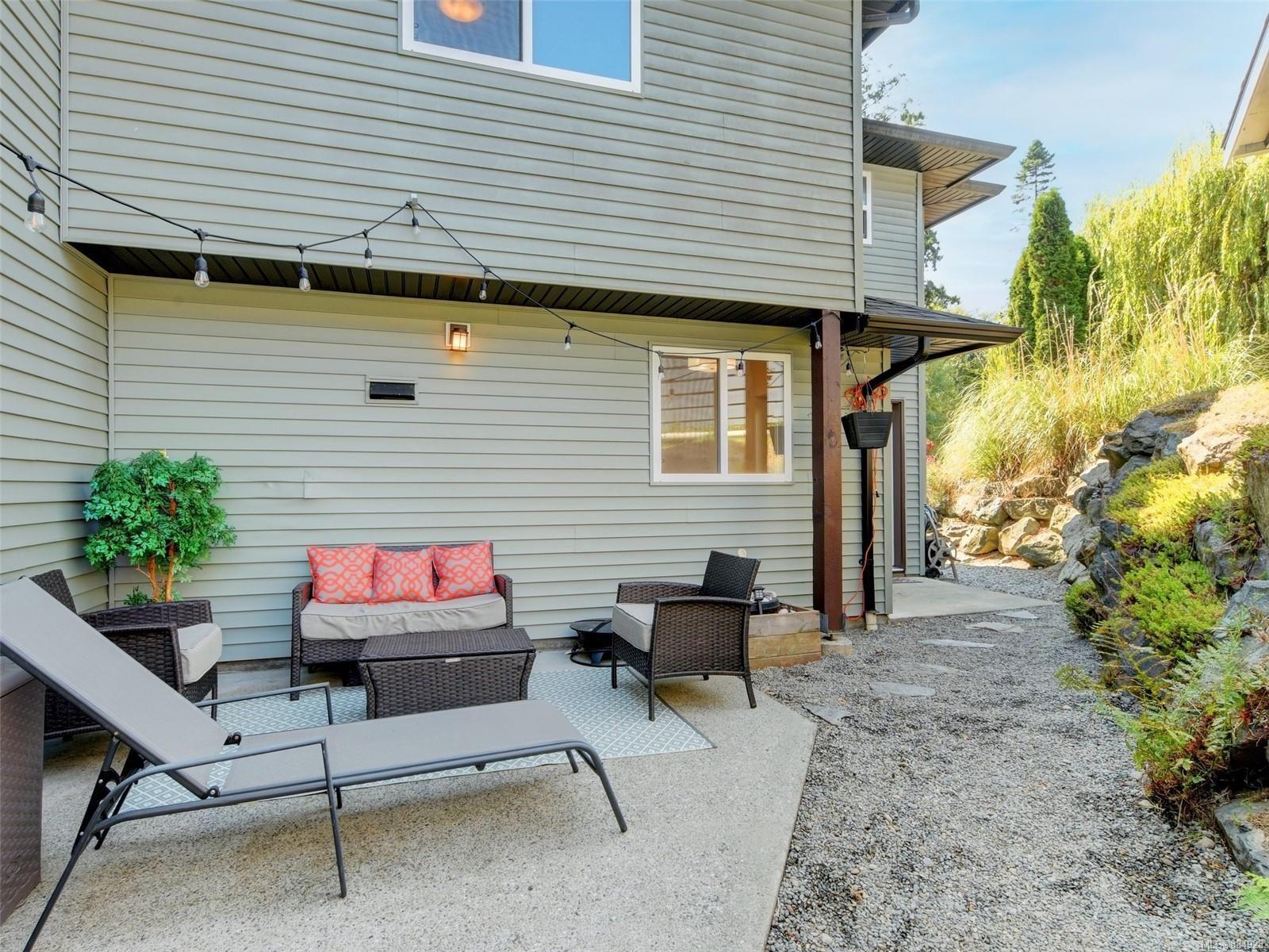 Photo 1: Photos: 6896 Beaton Rd in : Sk Broomhill Half Duplex for sale (Sooke)  : MLS®# 884928