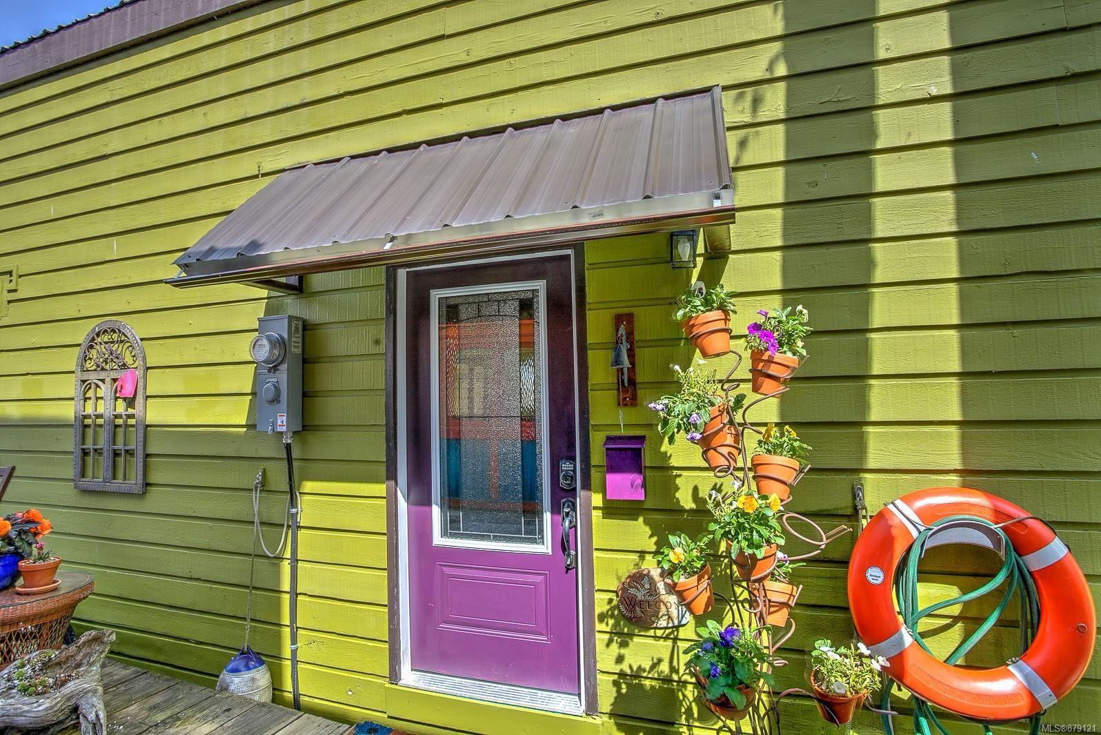 Main Photo: 1 1765 Cowichan Bay Rd in : Du Cowichan Bay House for sale (Duncan)  : MLS®# 879121