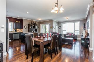 Photo 9: 401 20281 53A AVENUE in Langley: Langley City Condo for sale : MLS®# R2297703