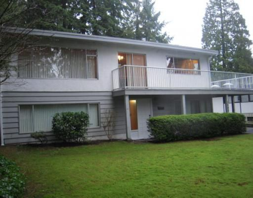 """Main Photo: 1580 COLEMAN Street in North Vancouver: Lynn Valley House for sale in """"Upper Lynn Valley"""" : MLS®# V812014"""